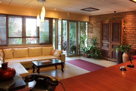 Philoxenia Hotel & Studios: Lobby - Reception