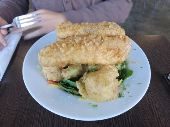 Fish and chips bild von icelandic fish chips for Icelandic fish and chips