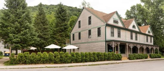 Wassaic, NY: getlstd_property_photo