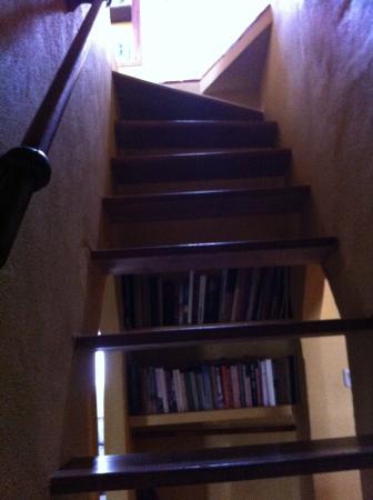 El Tejar : Stairs to the loft suite