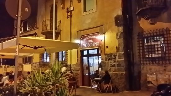 L 39 esterno foto di dar moschino roma tripadvisor for L esterno di un ristorante