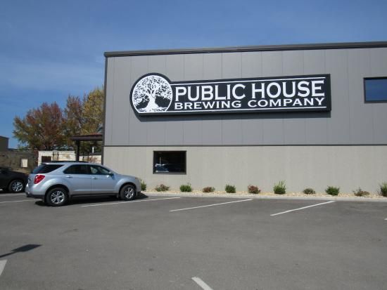The Public House Brewing Company: Public House