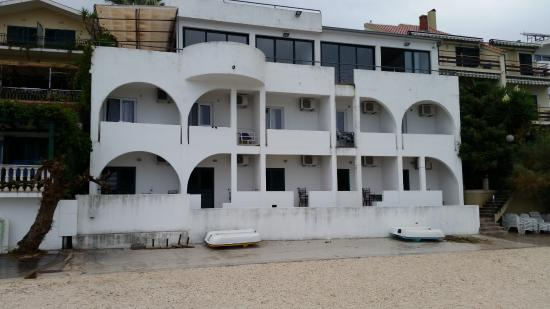 Beach Front Apartments Tamaris: Villa Tamaris