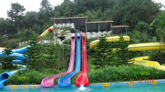 Xinxing County, Kina: Sunisland water park