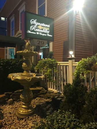 Signatures Restaurant: Updated exterior