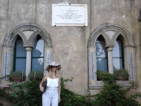 La mitica greta garbo foto di giardini di villa cimbrone ravello tripadvisor - Giardini di villa cimbrone ...
