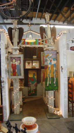 Hartselle, AL: OUR OWN HOMETOWN ARTIST