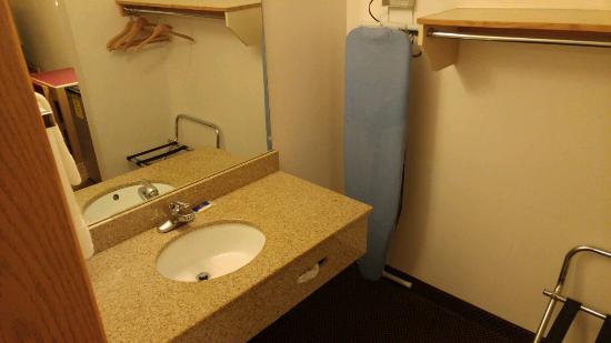 Motel 6 Astoria: Sink