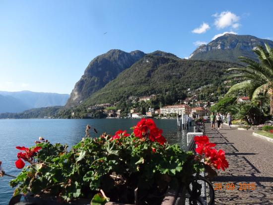 Hotel Garden: Romantic promenade in Menaggio