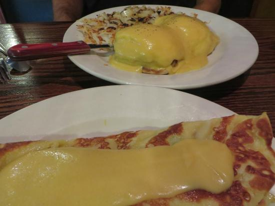 Elizabeth's Cafe : Great Swedish Pancakes and Benedict
