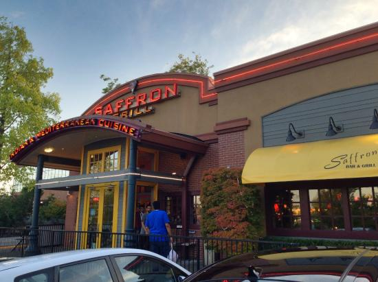 Hotel Nexus Seattle: Saffron restaurant in parking lot