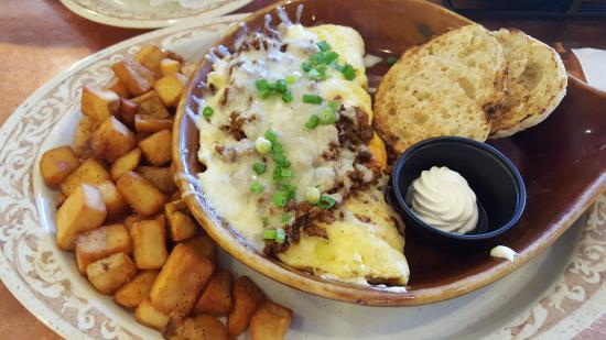 Bacquezo omelet - Picture of Another Broken Egg Cafe, Pensacola ...