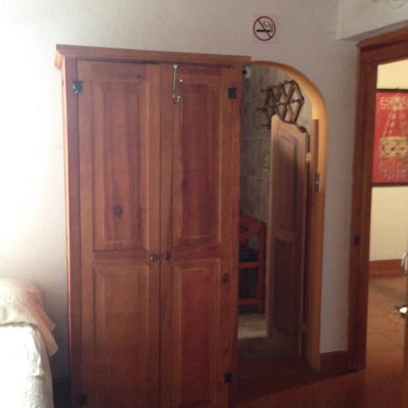 Casa de la luna: ダブルベット3台部屋 トイレ側