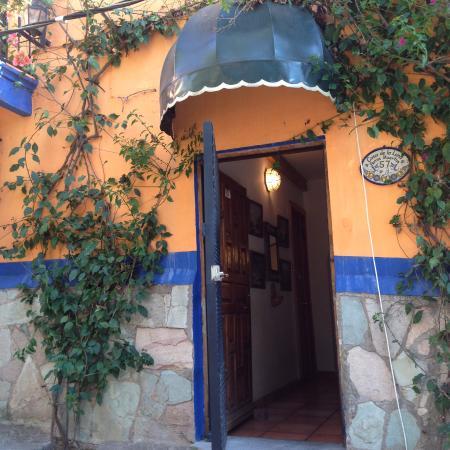 Casa de la luna guanajuato mexico foto 39 s reviews en prijsvergelijking tripadvisor - Casa de la luna ...