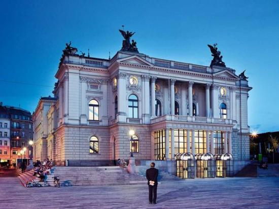 Opernhaus Zurich