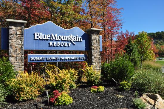 Blue Moutain Ski Resort Welcome Sign