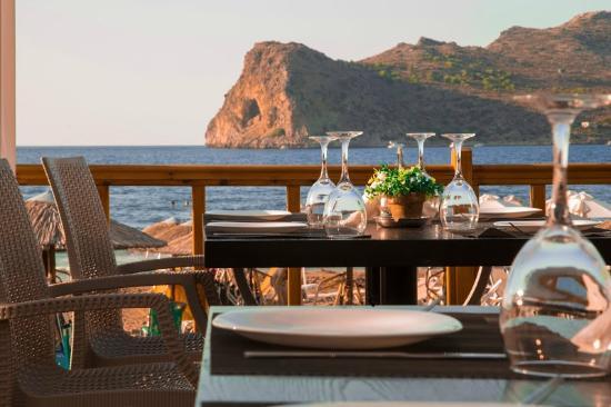 Me Gusta Beach Restaurant Bar