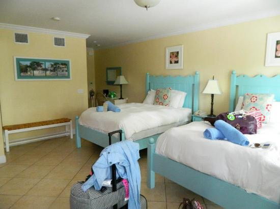 Parrot Key Hotel And Resort Inside Of Rooms