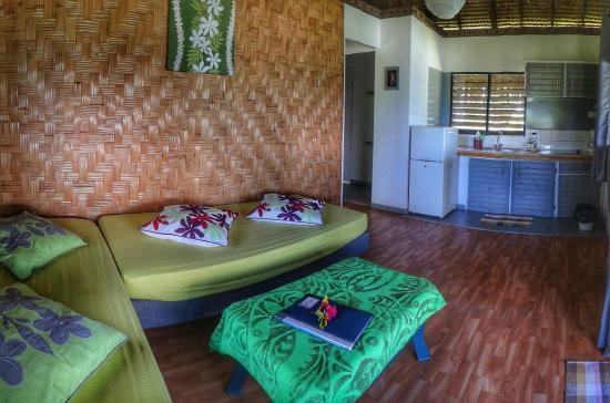 Moorea Fare Miti : Moana Bungalow - Living Room