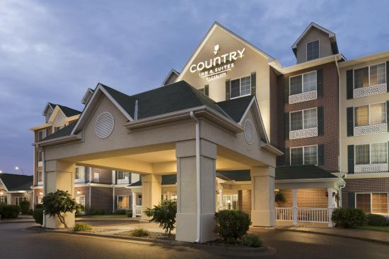 Country Inn & Suites By Carlson, St. Paul Northeast : Exterior