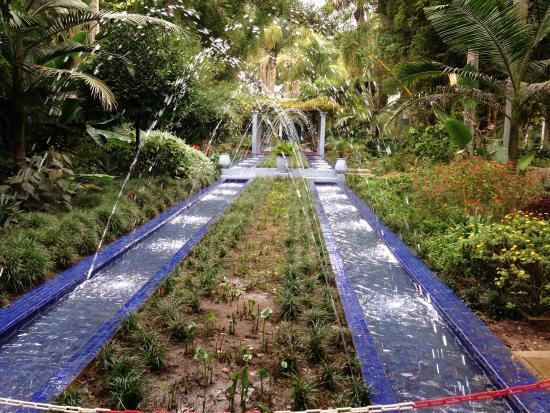 Andalusian garden picture of les jardins exotiques de for Jardin exotique