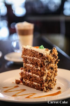 Symposium Cafe Restaurant & Lounge: Mile High Carrot Cake