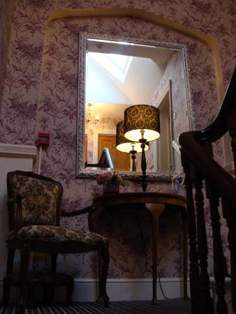 Plas Llwyd: Interiors