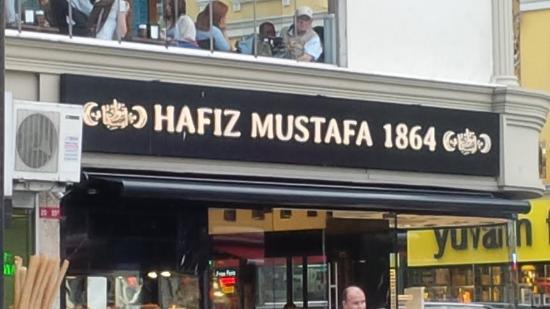 [Изображение: hafiz-mustafa-1864.jpg]