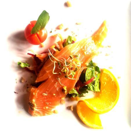 LA BARGUILLERE : saumon mariné au miel d'acacia d'Ariège