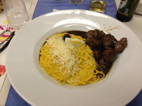 Hotel Britania Miraflores : Pasta med biff stykker