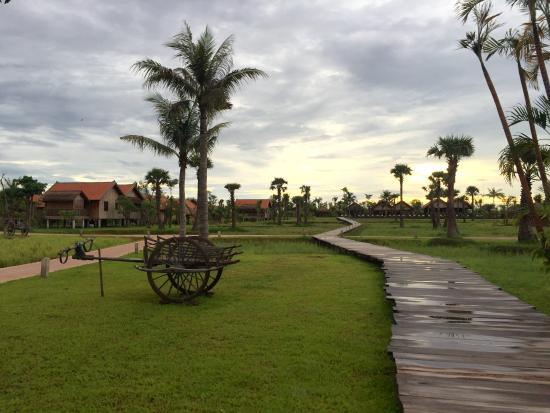 4b0a57e0de0ba7 Resort grounds - Picture of Phum Baitang Resort