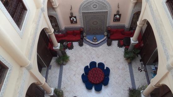 Riad Ibn Battouta: la cour intérieure