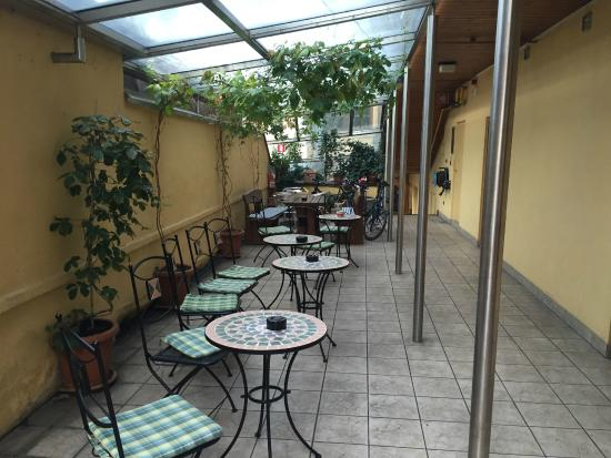 Hotel Feichter: Covered patio