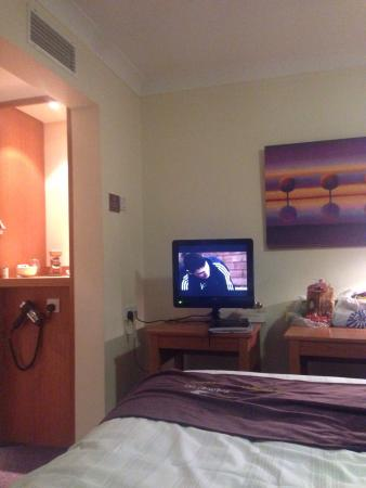 Premier Inn Cardiff North Hotel: photo0.jpg