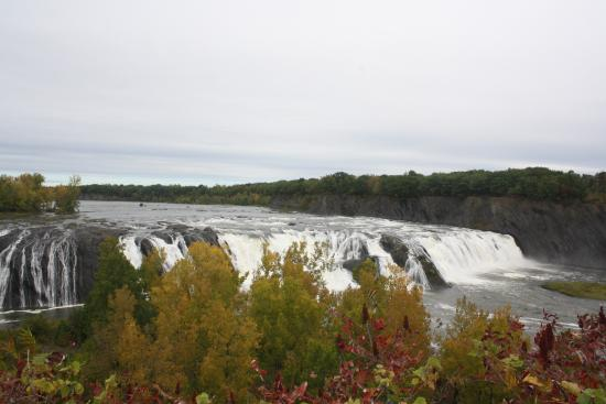 Cohoes, NY: view of the falls