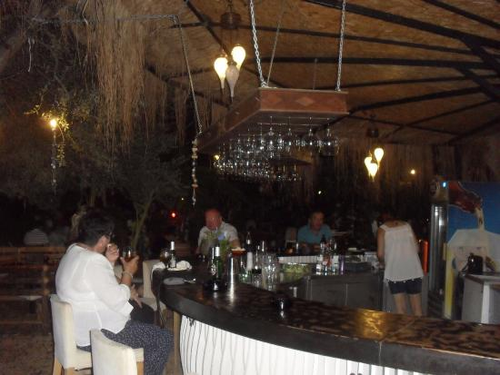 High Quality Botanik Garden Bar: Enjoying The Bar U0026 Drinks