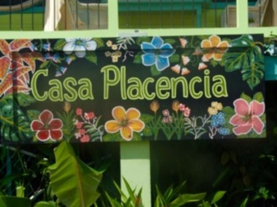 Casa Placencia Belize: Thanks for our new sign, Hector!