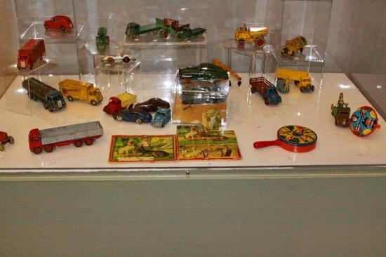 Silver City Museum : Children's toys
