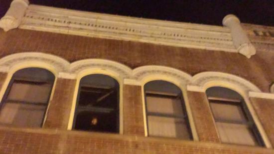 Hidden Marietta: Abandoned Building - Face?