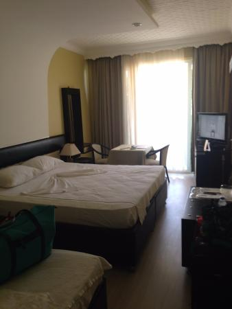 Unluselek Hotel : Hotel room