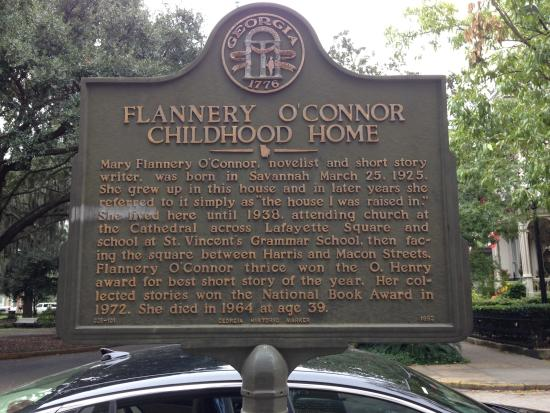 Flannery O'Connor Childhood Home: Flannery O'Connor home