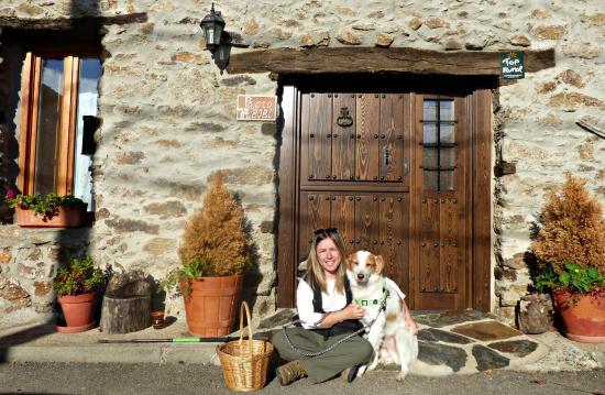 Bustares, España: Fachada de la casa
