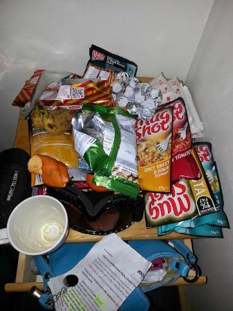 Chamonix Lodge: Room our snacks