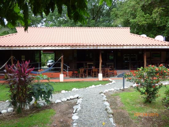 Hotel Canto de Ballenas : Restaurante con comida casera