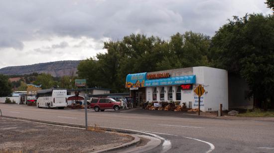 Golden Hills Motel: The motel restaurant