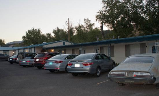 "Golden Hills Motel: The north ""wing"" of the motel.  There are rooms to the south of the office as well"