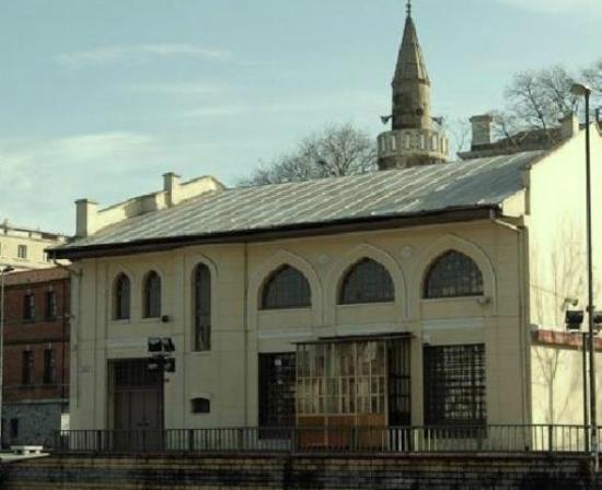 Kamerhatun Mosque