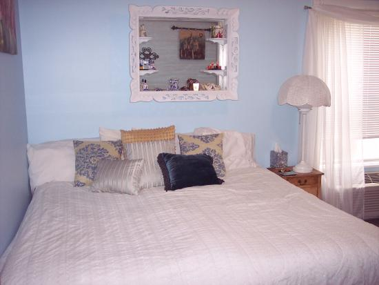 Woodstock Inn Bed and Breakfast: Scandinavian room