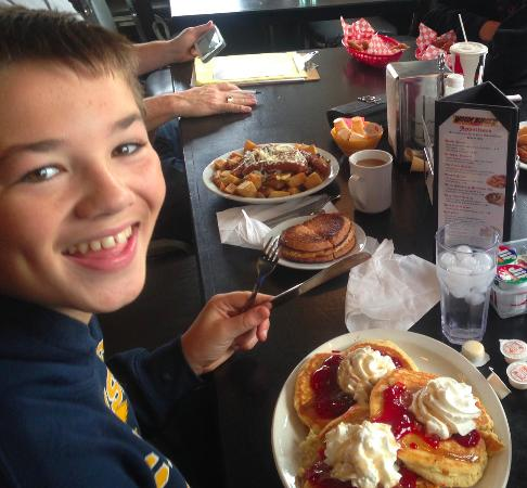 Havelock, Canada : Chocolate chip pancakes = happy boy!