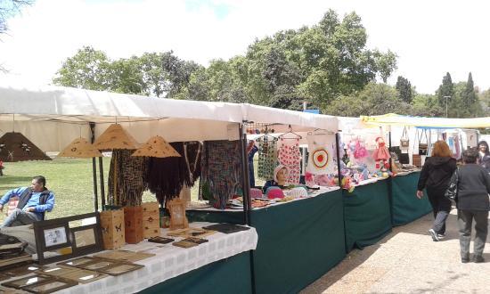 Feria de Artesanos La Fluvial